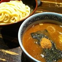 Photo taken at 三田製麺所 恵比寿南店 by かりこ on 2/11/2012