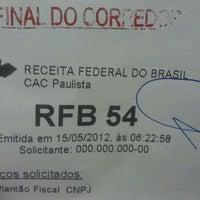 Photo taken at Receita Federal by Fábio G. on 5/15/2012