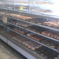 Photo taken at Elizabeth Bakery by Heeyougow F. on 3/20/2012