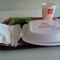 Photo taken at McDonald's by Vheena C. on 3/28/2012