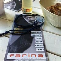 Das Foto wurde bei Farina - Pizza Pasta Bar von Joerg P. am 5/30/2012 aufgenommen