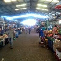 Photo taken at Terminal Agropecuario by Gonzalo G. on 3/27/2012
