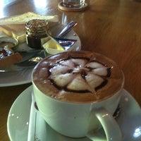 Снимок сделан в Moka Café пользователем Daria P. 7/9/2012