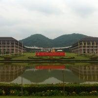 Photo taken at Mae Fah Luang University by Manmongkol on 12/5/2011