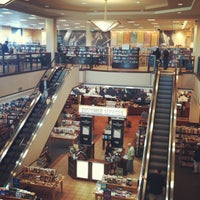 Photo taken at Barnes & Noble by Ivan C. on 5/13/2012