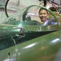 Foto tirada no(a) Fighter World por Sitta I. em 12/26/2011