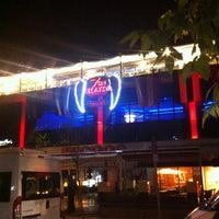 5/1/2012 tarihinde Metinol 💉ziyaretçi tarafından Heaven Gastropub'de çekilen fotoğraf