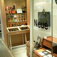 Photo taken at Neue 二子玉川店 by Kunio M. on 1/7/2012