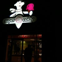 Photo taken at Super Coldy by danigardea on 8/5/2011