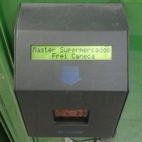 Foto tirada no(a) Master Supermercados por Ph F. em 10/22/2011