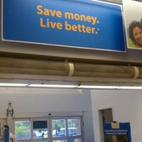 Photo taken at Walmart Supercenter by Michele H. on 10/10/2011