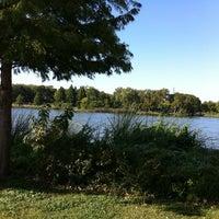 Снимок сделан в White Rock Lake Park пользователем Serena L. 9/24/2011