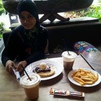 Photo prise au Java Bean Coffee par Harith A. le3/11/2012