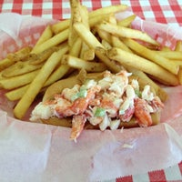 Photo taken at Harry's Seafood by Krystal B. on 7/27/2012