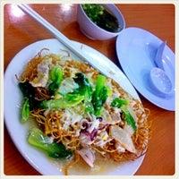Photo taken at Choy Hi Restaurant by alvin j. on 8/17/2012