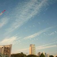 Снимок сделан в 青山陸橋 пользователем Miho O. 10/25/2011