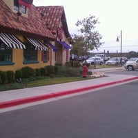 Photo taken at Mimi's Cafe by Matthew G. on 9/16/2011