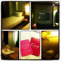 Photo taken at Trinity Silom Hotel by Sarinrat P. on 3/25/2012