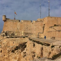 Photo taken at Castillo de Santa Barbara by Ли S. on 2/16/2012