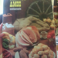 Photo taken at Famous Amos by Shelley T. on 6/27/2012