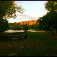 Das Foto wurde bei Central Park - North End von Jaro G. am 10/21/2011 aufgenommen