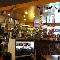 7/24/2011 tarihinde Holly B.ziyaretçi tarafından Kopi Café'de çekilen fotoğraf