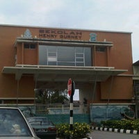 Photo taken at Sekolah Henry Gurney by Nize C. on 2/4/2012