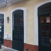 Foto tomada en Los Coloniales por Juanjo C. el 12/10/2011