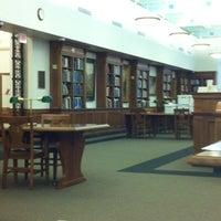 Foto tirada no(a) Cushing Memorial Library and Archives por Josiah D. em 2/1/2011