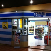 Photo taken at 24 Mini Mart @ Le Rich สาธุประดิษฐ์ by PopEye O. on 2/23/2011