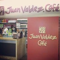 Photo taken at Juan Valdez Café by Patricia Yuli S. on 9/3/2012
