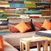 Das Foto wurde bei MozzarellA Restaurant & Bar von Sujendra Gede J. am 7/16/2012 aufgenommen