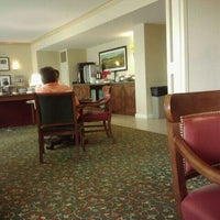Foto scattata a Marriott Concierge Lounge - Park Meadows da Robert T. il 6/10/2011