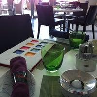 Photo taken at Fresca Café and Gelateria at Four Seasons Hotel Alexandria by eddie g. on 5/10/2012