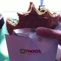 Photo taken at Maoz Falafel & Grill by Johann R. on 8/26/2011
