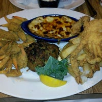 Photo taken at Deanie's Seafood by Lauren L. on 11/27/2011