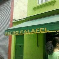 Foto tirada no(a) Rei do Falafel por Danilo J. em 12/3/2011