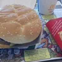 Photo taken at McDonald's by Mauricio Ricardo C. on 12/16/2011