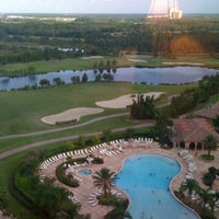 Photo prise au Rosen Shingle Creek Hotel par Eileen J. le8/6/2011