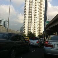 Photo taken at Express Way Petchaburi Exit by Super S. on 2/9/2011