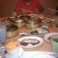 Photo taken at Sunway Restaurant 利苑食坊 by Becky H. on 9/13/2011