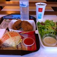 Photo taken at McDonald's by kudatarn p. on 4/28/2012