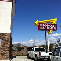 Photo taken at In-N-Out Burger by Jon W. on 3/22/2011