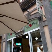 Foto tomada en Caffe Delle Rose por Ignacio A. el 7/19/2011