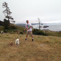 Photo taken at Cannon Beach Ecola Creek Lodge by Rook Q. on 8/17/2012