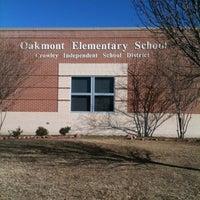 Foto tomada en Oakmont Elementary por Katherine S. el 1/19/2012
