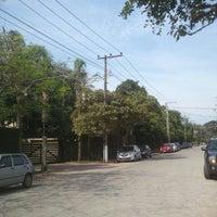 11/26/2011 tarihinde Cristiano A.ziyaretçi tarafından Shopping Pátio Camburi'de çekilen fotoğraf