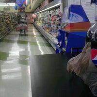 Foto scattata a Ingles Market da aretha w. il 12/10/2011