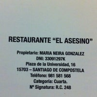 Photo taken at Restaurante Asesino by Alberto G. on 6/18/2011