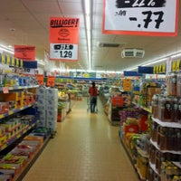 Photo taken at Lidl by Coachforyou on 9/12/2011